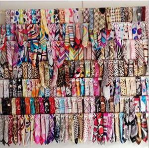 Foulards en soie satin foulards Sundayrose Womens Floral Womens petit carré 50cm * 50cm