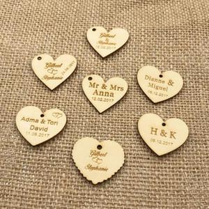 50 Personalizado personalizado grabado nombre de la boda y fecha amor del corazón de madera regalo de boda decoración de la mesa Favores etiquetas de caramelo