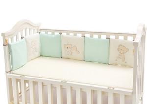 100% Baumwolle Krippe Stoßstangen für Baby Bestickte Bär Weiche Pad Kinder Schutz Jedes Stück 30 * 30 cm freie Kombination Kleinkind Bettwäsche Set