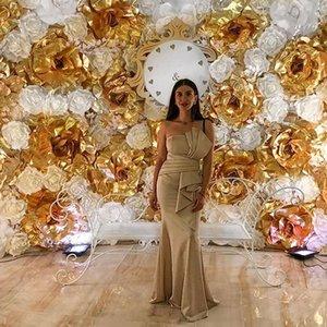 Champagne Satin Guaina Abito formale per le donne Pieghe senza spalline Increspato Abiti da sera Lunga notte Party Dress abiti eleganti de fiesta