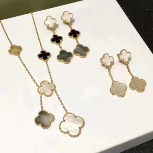 Kadınlar Altın Renk Kolye Beyaz Anne Shell İnci Yonca Yaprağı Kolye Küpe Set İçin Marka Düğün 925 Gümüş Takı Seti