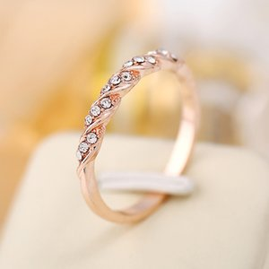 Top Quality Silver Gold Rose Gold Color Twist Classical Cubic Zirconia Wedding Ring for Woman Girl Austrian Crystals Gift Rings