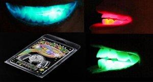 Halloween LED-Blitzlicht Mundschutz Spielzeug Party Glowing Tooth Toy Dekorieren Club Fashion Kleid