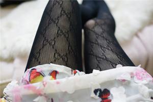 2020 Letter Jacquard Preto Branco FF calças justas oca Elastic Magro Ladies calças justas Sexy mulheres Leggings FD justas Mulheres Socks sg
