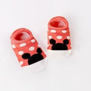 2018 Nueva venta caliente de algodón niños lindos niñas calcetines de bebé de dibujos animados de moda piso suave calcetín de bebé