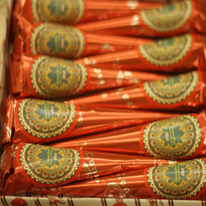12 Adet / Kit Kına Dövme Kırmızı Renk Doğal Bitkiler Pigment Parmak DIY Çizim Geçici Beden Koni Cream Boya