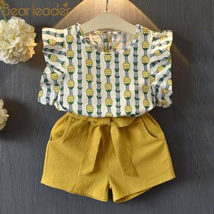Bear Leader Girls Clothing Sets 2018 Summer New Girl Cute Ananas T-shirt manica volant + Pantaloncini Set Bambino Due pezzi Set Y1892707