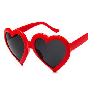Cute Heart Sunglasses Mujeres Luxury Lovely Shaped Sun Glasses Female Red Pink Black Glasses