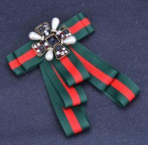 Retro Handmade Stripe Bowknot Broches Geometria De Cristal Pérola Flor Corsage Estilo Preppy Gravata Broche Pinos Para As Mulheres Camisa Acessórios