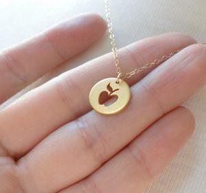 or argent mignon petit collier de pomme simple drôle contour rond fruit collier enseignant disque pomme téléphone mobile signe cadeau