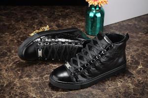 2018 Designer Luxury Man Casual Scarpe Sneakers rugosa rosso nero bianco in pelle all'aperto di lusso partito scarpe da sposa scarpe da ginnastica maschile scarpe