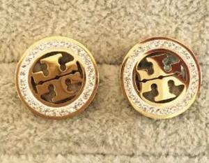 Vente chaude New Stud Earrings Lettres Oreille Marques Stud Earring Bijoux Accessoires pour Femmes Cadeau De Mariage Livraison Gratuite