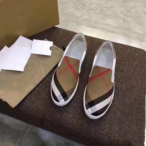 Männer-Turnschuhe der Männer 2018 klassische Plaid-beiläufige Schuhe Luxus Mens-Schuhe Der ursprüngliche Entwerfer des Entwurfes vollkommene Erholung Stellen Sie Fuß Beiläufige Schuhe ein