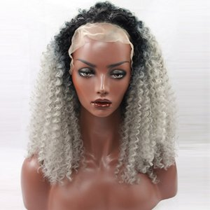 Siyah Gri Ombre Afro Kinky Kıvırcık Sentetik Dantel Ön Peruk Doğal Siyah / Gümüş Gri Ombre Saç Isıya Dayanıklı Yumuşak kıvırcık Sentetik Peruk