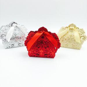 Laser Cut Wedding Favor Boxen hohlen Schokolade Candy-Boxen Hochzeit Bevorzugungen Geschenke Rot Weiß Gold Champagner