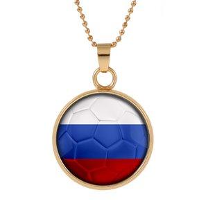 Nuevo Tridimensional 2018 Copa del Mundo Rusia Collar colgante colorido colgante Cabujón de cristal Cúpula Collares joyas Bestseller customed