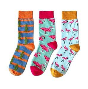 PEONFLY feliz engraçado mens longo Meias homens Dos Desenhos Animados Hit Color Personalidade Amantes Maré Masculino Algodão animal Flamingo