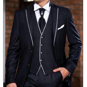 Three Piece Business Men Suits 2018 Notched Lapel Two Button Classic Fit Wedding Groomsmen Tuxedos (Jacket + Pants + Vest)
