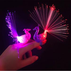 LED Glow Peacock Parmak Işık Lazer Kirişler Halka Optik Fiber Oyuncak Flaş Çocuk Floresan Parlak Neon Yanıp Sönen Parti Dekorasyon