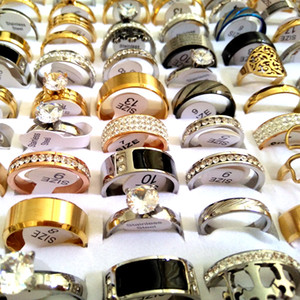 Mix lote 50 pcs unisex color mistura top design de aço inoxidável anéis de aço zircão qualidade casamento anéis de noivado jóias de festa grande revenda
