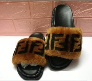 Pantofole di pelliccia delle donne inverno lana Lussuoso originale di marca di modo fondo spesso Lady in vera pelle lettera sandali caldi morbidi pantofole
