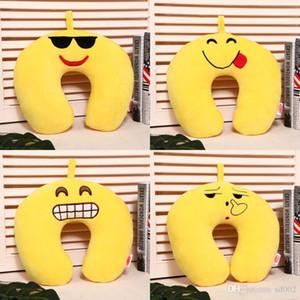 Dos desenhos animados Plush Emoji U Shaped Pillow casa Decore Neck Proteção Amarelo sorriso da cara Turismo Individual Acessório 7 5NJ C