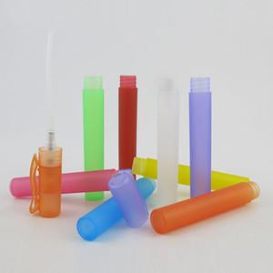 Flaconi spray per bottiglie di profumo portatili da viaggio a 9 colori Contenitori per cosmetici vuoti Penna in plastica per atomizzatore vuota per profumo da 10 ml