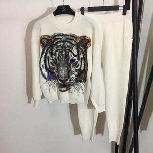 Tasarımcı Siyah / Beyaz / Gri Tiger Payetler Boncuk Kazaklar Ve Uzun Pantolon Marka Same Stil2 adet Kadınlar ve Erkekler ile 837.899 için ayarlar 2018