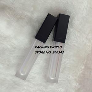 입술 기름 / 입술 광택 화장품 뚜껑에 대한 검은 뚜껑과 6ml 사각형 모양 서리 낀 입술 크림 튜브 립글로스