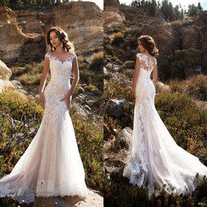 Sheer Neck Appliqued Pizzo Abiti da sposa 2018 Mermaid Court Train Boho Abiti da sposa Abiti De Noiva BA8413