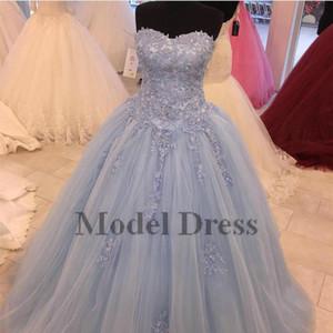 연한 파랑 단 16 댄스 파티 드레스 레이스 아플리케 공 가운 Tulle Floor Length Sweetheart Strapless Quinceanare Dresses Vestidos 15 anos