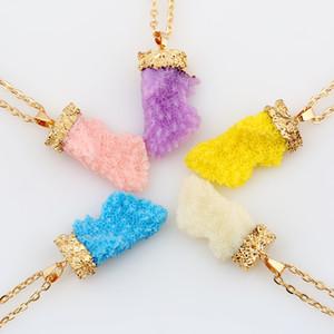 Bastante cadena del collar geométrico de cristal triangular Gemas Piedras Collares pendientes maravillosamente collar chapado en oro