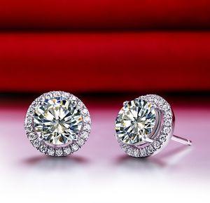 Hakiki 925 Ayar Gümüş Küpe Damızlık Halo Kaplamalı 1Ct / Adet Sentetik Diamonds Damızlık Küpe Nişan Kadınlar Beyaz Altın Renk