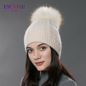 Kadınların kaşmir yünü pamuk şapka Big Real Rakun kürk ponpon Beanies için ENJOYFUR Kış kürk Ponpon şapka Bobble kap