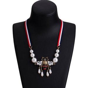 Nouvelle arrivée Abeille mignonne collier pendentif strass vintage perle d'abeille Collier Bijoux Fashion Party Cadeau
