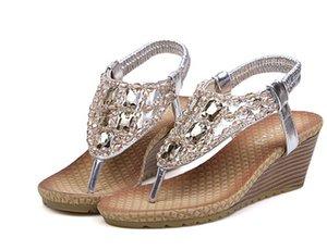 Bohemian Sandals Diamond-Encrusted Water Drill Collet Flip-Flops und Thick Bottoms Flache Sandalen Stones Studded Flip Sandal