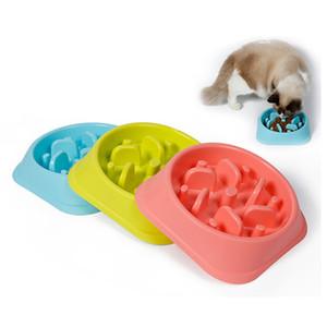 Пластиковая кормушка для домашних животных Anti Choke Dog Bowl Щенок Cat Slow Down Eatting Feeder Здоровая диета Блюдо Дизайн джунглей Розовый Синий Зеленый Высокое качество