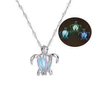 Oco Turtle Forma medalhão colar de pingente de prata da cor Gargantilha Colar Mulheres luminoso de incandescência no escuro Colares navio da gota