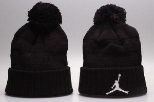 Cappelli lavorati a maglia casuali caldi di inverno Beanie tutti 32 squadre baseball di sport dei berretti da baseball dei berretti da baseball della squadra donne Uomini popolari cappello di inverno di modo DHL