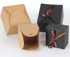 100 pcs / lot 9 * 9 * 6 cm 12 * 12 * 9 cm Kraft Papier Oreiller Boîte De Bonbons Faveurs De Mariage Cadeaux De Bonbons Boîtes Accueil Fête D'anniversaire Approvisionnement