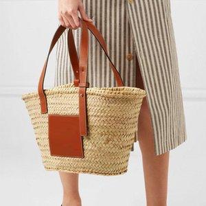 Bolsa de playa de paja grande de totalizadores del bolso tejido hecho a mano de las mujeres bolsos de diseño de viajes de lujo de ganchillo a mano flor Bolsas nuevo verano