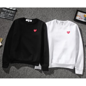 Marque Design Plays 4 couleurs à capuche Sweat Hommes Loose Heart Broderie Hip Hop Hommes Femmes O Cou Pull Pull