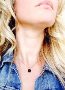 20pcs Lava-rock Round Bead Pendant Necklaces Aromatherapy Essential Oil Diffuser Necklaces Natural Black Lava Pendant Necklace 2076