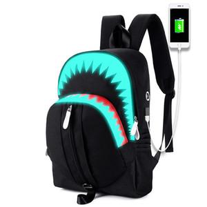 Commercio all'ingrosso maschio nuovo luminoso moda Laptop zaino Adolescente Anti-ladro Uomini Zaino 15 pollici USB ricarica Zaini Shark 3D