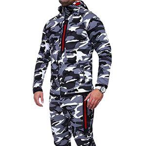 2018 Hooded Zipper Camouflage Laufjacke Men Plus Size Camo Herbst Mäntel Armee-Jacke Männer im Freien Training Sport-Mantel