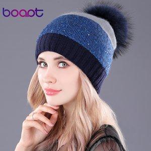 [Boapt] Pailletten Double-Deck-Kaninchen strickte dicke Wintermützen Kopfbedeckungen für Frauenkappen Waschbärpelz Pomponmütze weibliche Hutmützen D18103006
