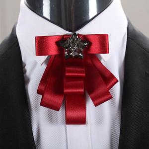Hommes Soie Cravate Cravate Cravie Broches / Marié Rouge Décoration de mariage / Handmade KPop Fashion Accessoires de haute qualité / Broschen / Broszka / Broszki / Broszki