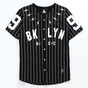 V-Neck Man's Shirt Cardigan à manches courtes No. 99 Baseball Outer Black T-shirt rayé blanc