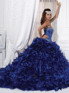매혹적인 비딩 볼 가운 Organza 파티 가운 Vestido De Festa 2018 새로운 섹시한 도착 짙은 파란색 Quinceanera 드레스 끄기