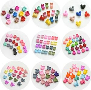 12 개 스타일 10 개 색상 혼합 20PCS / 많은 어린이 플라스틱 머리핀 작은 헤어 발톱 만화 토끼 곰 크라운 아기 미니 헤어 액세서리